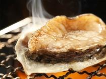 【夕食】目の前で焼いていただく、アワビの踊焼き≪別注可≫