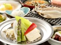 【夕食】季節の朝食