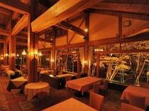 レストラン内観夜景