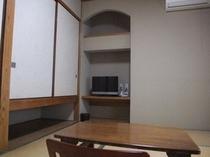 和室6畳のお部屋です