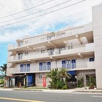 【◇外観】沖縄観光旅行のお客様にもご好評のホテルです♪