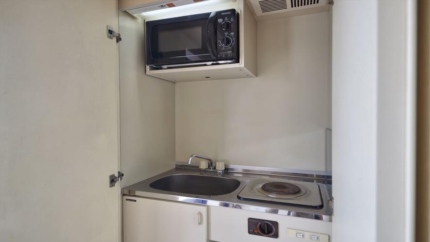 【2階洋室◇客室一例】ミニキッチンがあり便利です