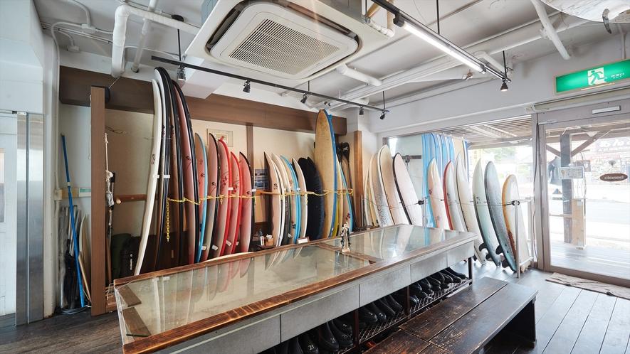 【サーフショップ◇シーナサーフ】初心者から上級者までそれぞれのレベルにあったサーフィンをご案内
