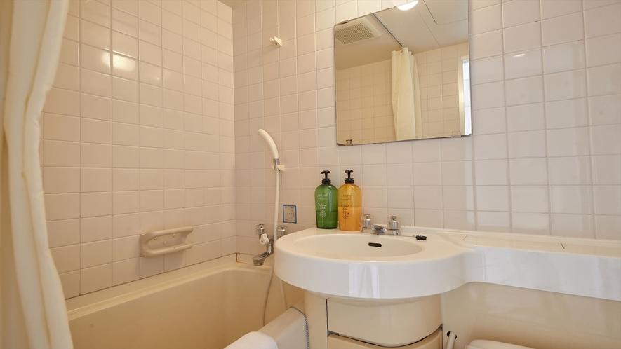 【2階洋室◇客室一例】洋室ルームのバスルームです