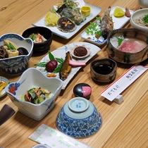 【お食事】夕食一例 地元の旬の食材がたっぷり★