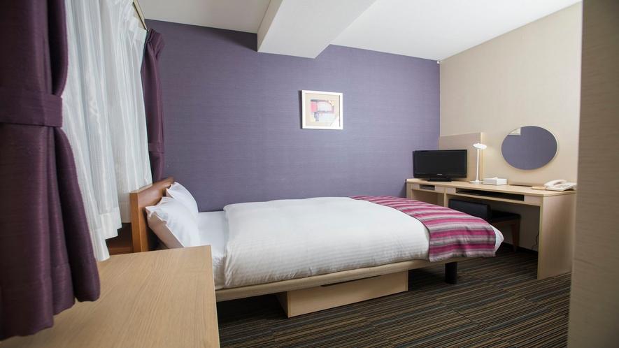 セミダブルルーム<12㎡/ベッド幅120cm>