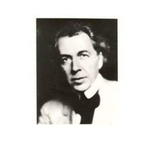世界的に著名な米国の建築家 フランク・ロイド・ライト(1867〜1959)