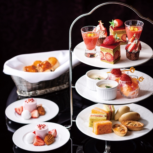 """魅惑のStrawberry Time"""" Strawberry Afternoon Tea"""