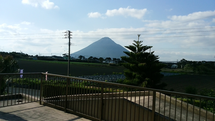 山側バルコニー(開聞岳・池田湖の間)