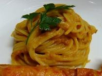 フルコースディナー(パスタ)|タラバガニのパスタ