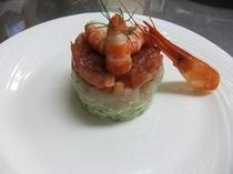 フルコースディナー(前菜)|シマエビとホタテのタルタル