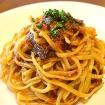 アラカルトディナーメニュー|富良野牛スネ煮込みのパスタ|1,060円