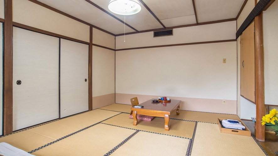 *【和室10畳】ファミリーのお客様に向いている広々とした空間。