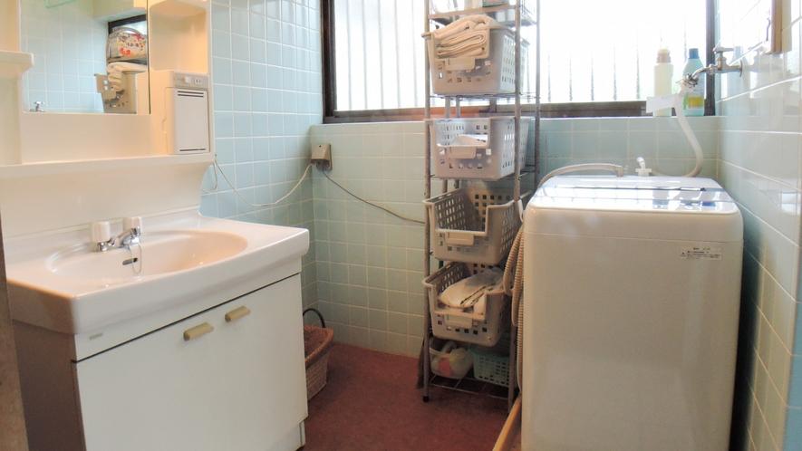 *館内の洗面台