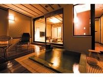 露天風呂付和洋室【ハリウッドツイン+8畳+デッキ部18平米】