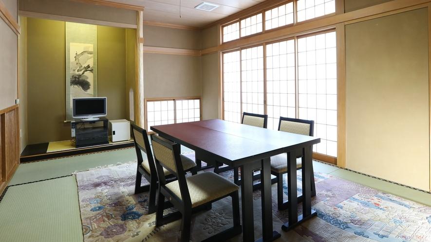 ◇12畳和室『上町』ご会食の会場としてもご利用いただいております。