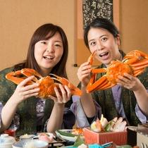 大きな蟹をおなか一杯になるまで(*^-^*)