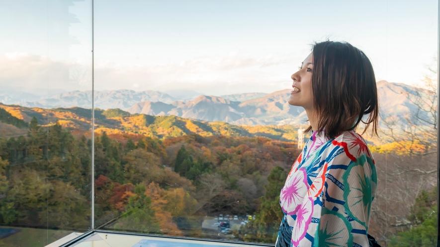 高層階からは伊香保の自然豊かな景色をご覧いただけます。