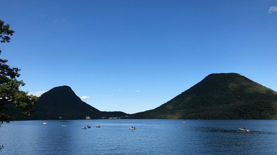 季節ごとに違う美しさを見せてくれる榛名山と榛名湖