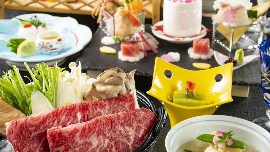 絶品グルメ、とろけるお肉が美味しい牛すき焼き