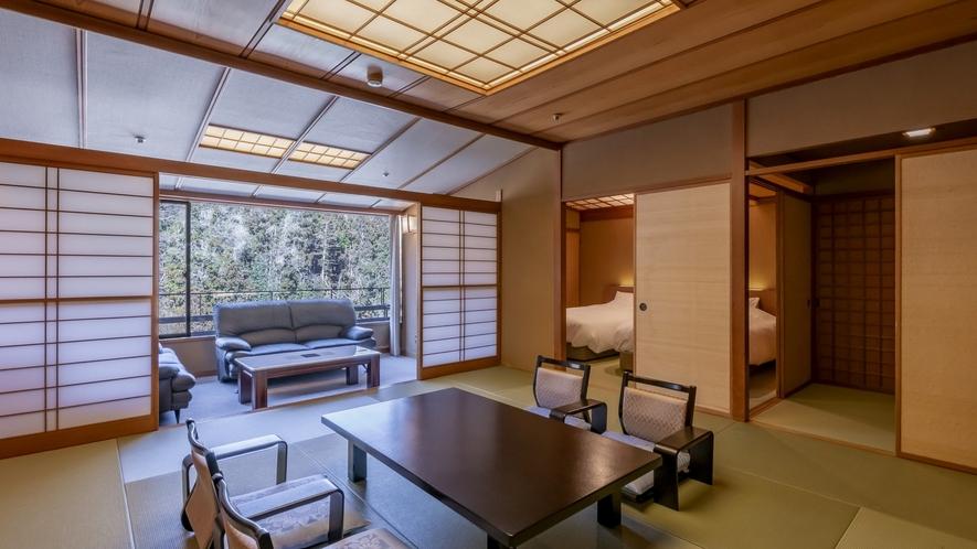 和洋室*和のしつらえとベッドルームの快適さを備えた客室。客室から眺めも特長です。