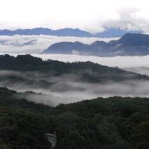 三国連峰の雲海