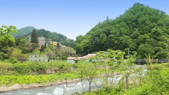 ■基本プラン■月替わりの創作料理と天然温泉で一流の田舎を満喫!【巡るたび、出会う旅。東北】