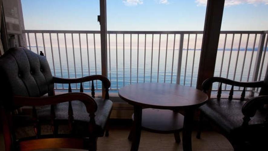 別府湾のパノラマ風景を一望できる贅沢なロケーション
