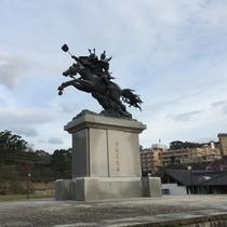 菊池市民広場(菊池武光公騎馬像)