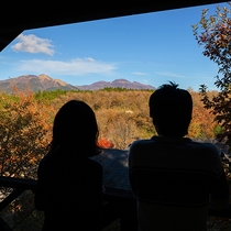 晴れた日の小高い場所から、九重連山や阿蘇の大自然が遠くまで見通せます♪
