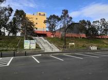夢の島公園第一(南側)駐車場_階段
