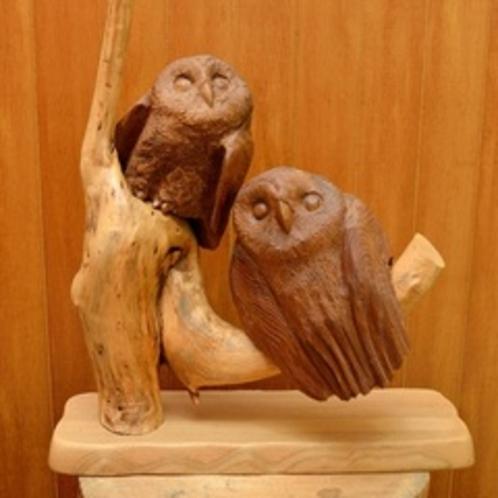 new ふくろう木彫り