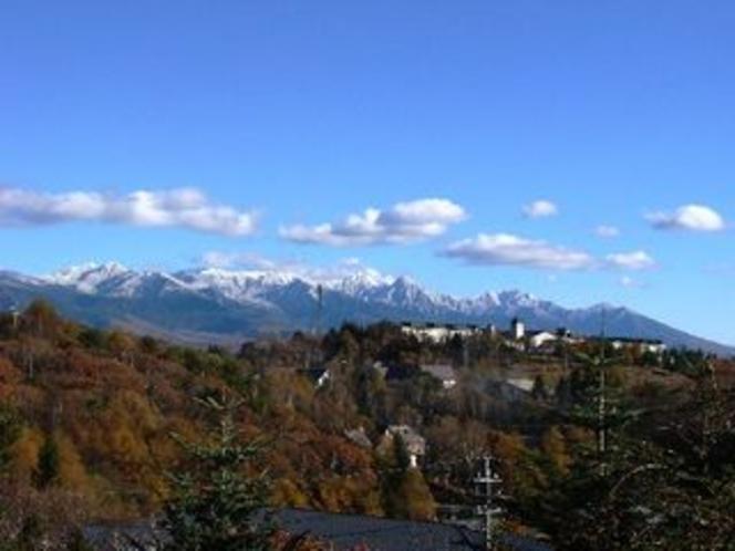 客室から見る晩秋の八ヶ岳
