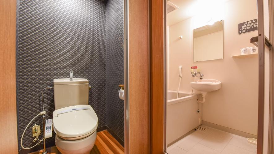 *【和洋室一例】バス・トイレ付。温泉もご利用いただけます。