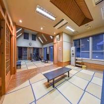*【湯上り処:和室】休憩スペースとしてご利用くださいませ。