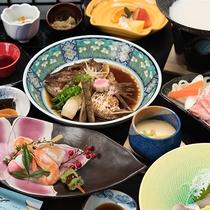 *【夕食会席一例】旬の食材を使用した会席をお楽しみくださいませ。