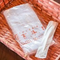 *【ログハウスアメニティ】歯ブラシとタオルをご用意しております。