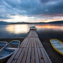 **屈斜路湖/当館から車で20分!国内最大のカルデラ湖です。
