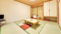 *和室8畳トイレ付(客室一例)/畳の香りがほのかに薫るお部屋で団欒のひと時をお過ごし下さい。