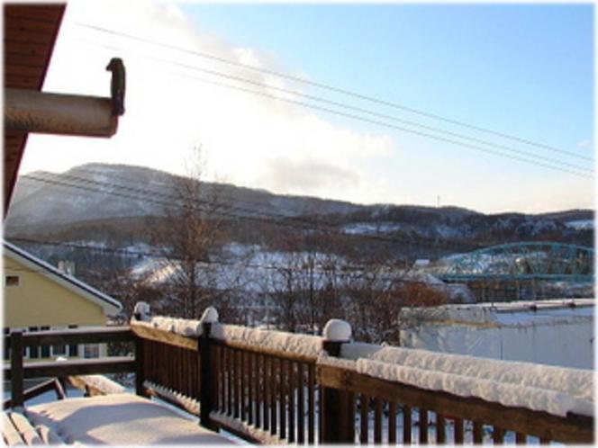 デッキからの雪景色