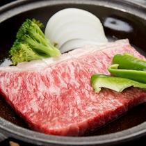 *【夕食一例/壱岐牛サーロイン】 壱岐のブランド牛♪やわらかい上質なお肉です