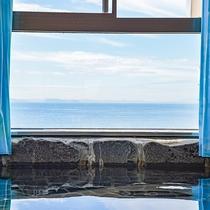 *【女湯一例】目の前に広がる海を眺めながら心も身体もリラックス♪