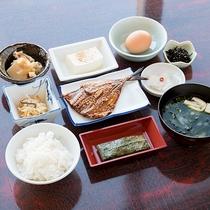 *【朝食一例】朝から壱岐の味覚が味わえる和朝食です