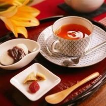 ■ラウンジ 紅茶