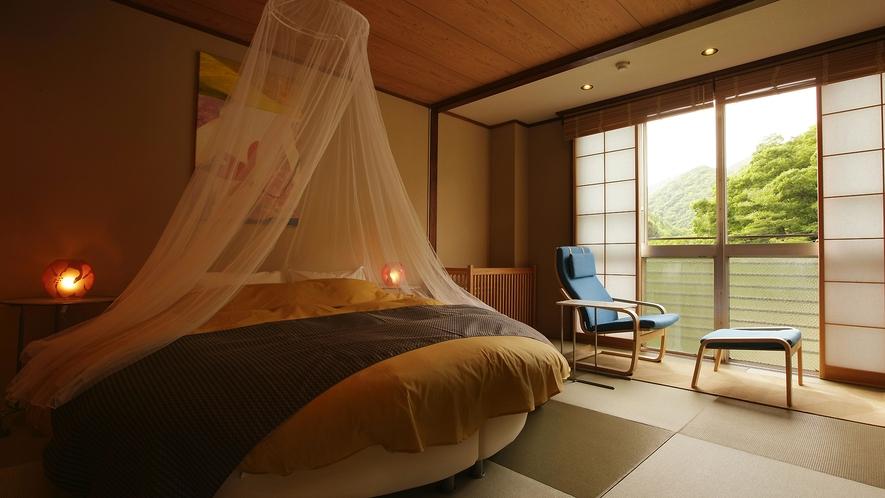 【曙】和室10畳ラウンドダブルベッド(アウトバス)