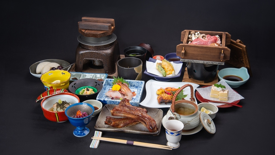 *夕食一例(越後もち豚のスペアリブ付会席料理)/その時一番美味しい素材のお献立でご提供致します