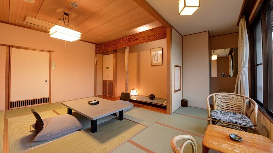 *湯ノ坂館・眺めの良い「和室10畳」/景色を楽しみながらのんびりしていただけます