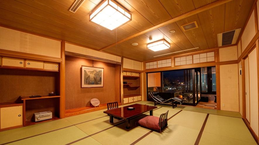*湯ノ坂館・露天風呂付客室「湯翠」/広々としたお部屋でゆったりとお寛ぎいただけます