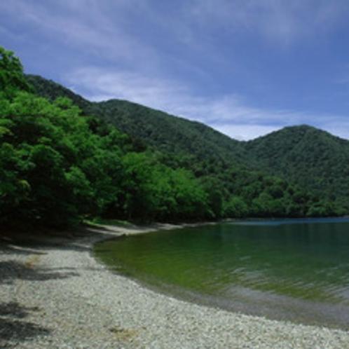 中禅寺湖 湖畔