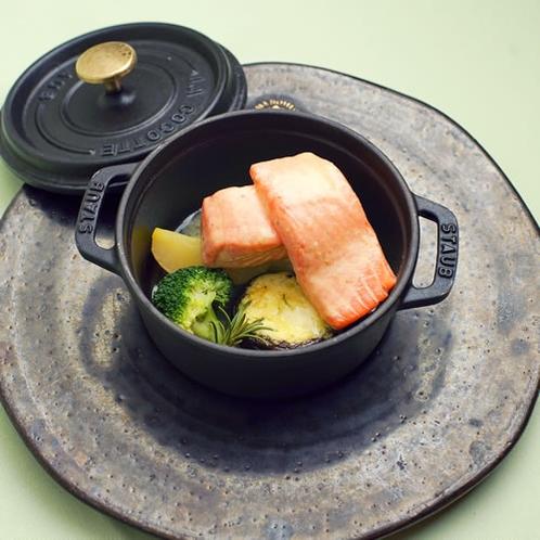 皇室の愛した料理たち~大正天皇の即位祝宴料理≪ザリガニ ポタージュ≫を再現したディナー